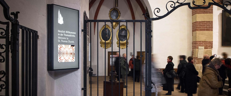 Beschilderung_Thomaskirche_Herzlich_Willkommen