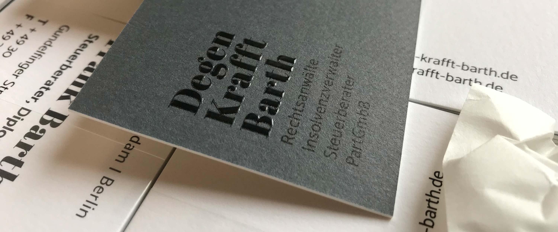 Degen_Krafft_Barth_Rechtsanwälte_Visitenkarten_Corporate_Design_Wortmarke_Schrift