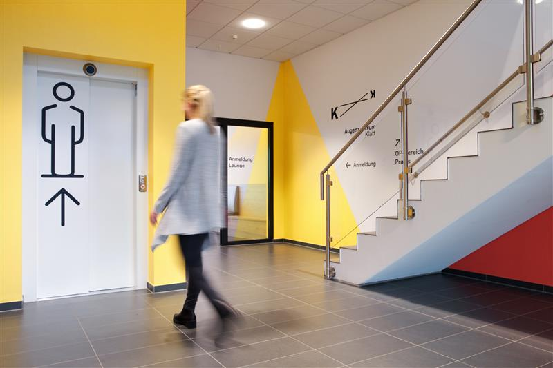 Design als Leitsystem in Arzt Praxis